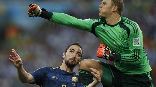 Manauel Neuer won the golden glove for best goalkeeper at the 2014 World Cup image: rte.ie