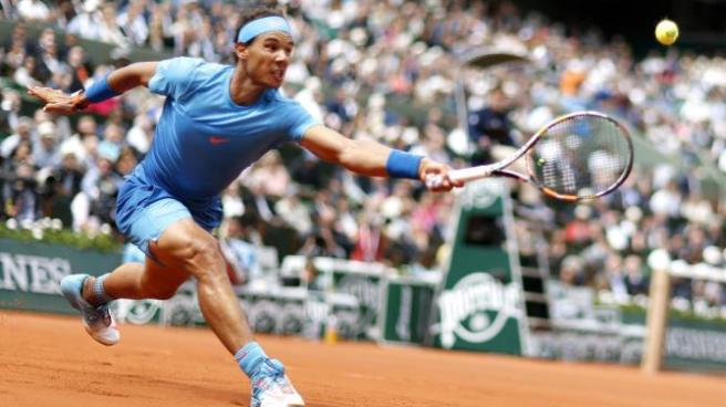 Rafael Nadal looks to win his tenth Frech Open title at Roland Garros image: uk.eurosport.yahoo.com
