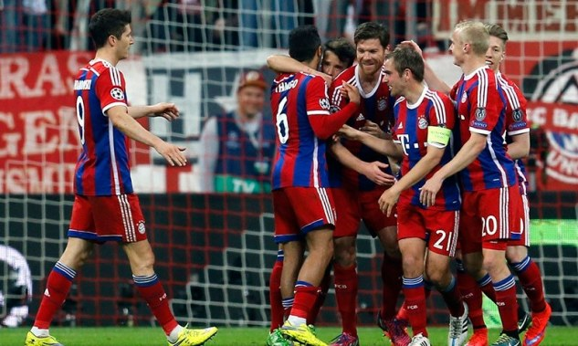 Bayern celebrate as they came from two down to thrash Porto 6-1 at home image: dawn.com