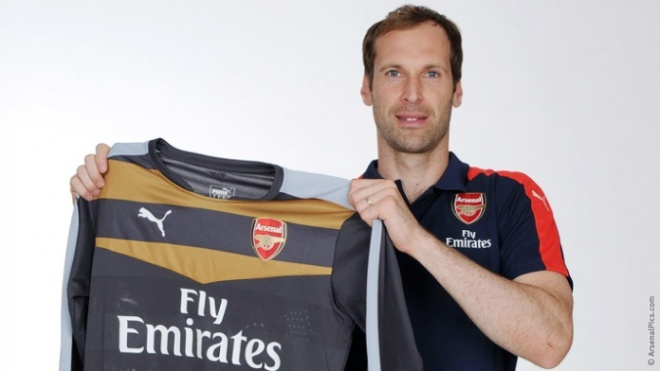 Petr Cech made over 400 appearances for Chelsea image: arsenal.com