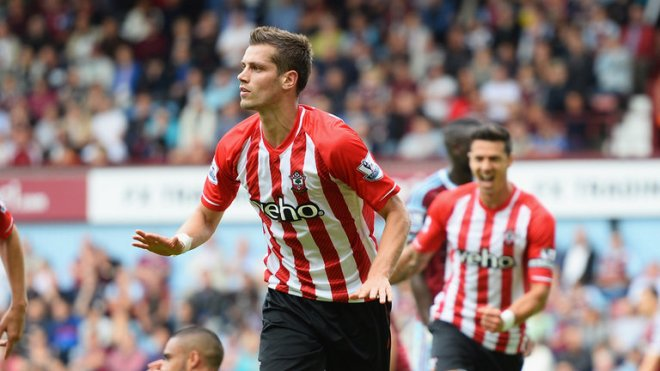 Morgan Schneiderlin nearly joined Tottenham last summer image: soccertransfers.net