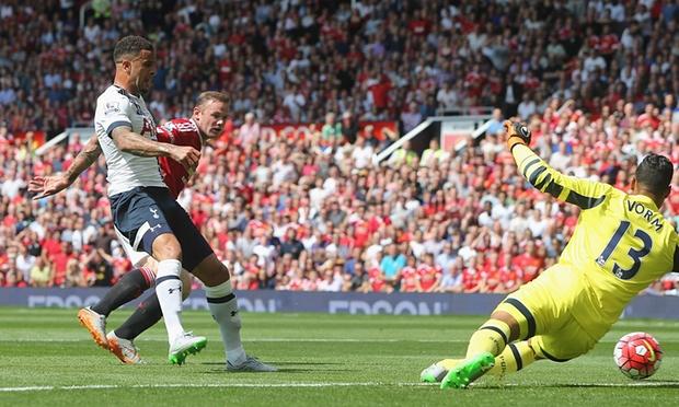 A Kyle Walker own goal handed Man Utd a 1-0 win  image: theguardian.com
