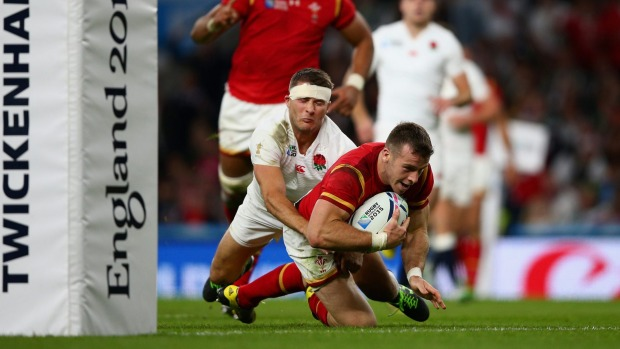 Gareth Davies scores a late try as Wales produced a stunning comeback against England image: stuff.co.nz