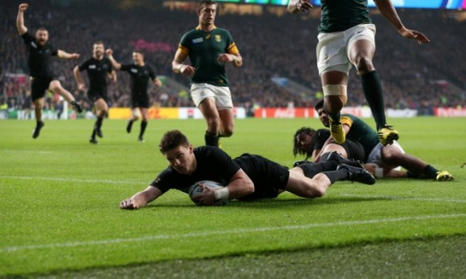 Beaudean Barrett's try helped New Zeland reach a second successive RWC final image: ibtimes.co.uk