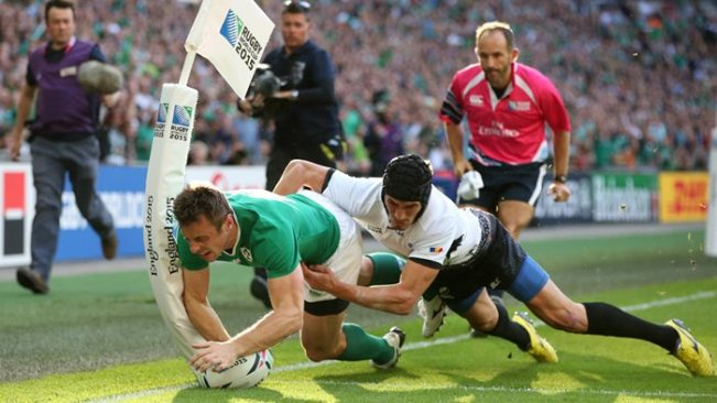 Tommy Bowe bagged two tries in Ireland's comfortable win over Romania image: utv.ie
