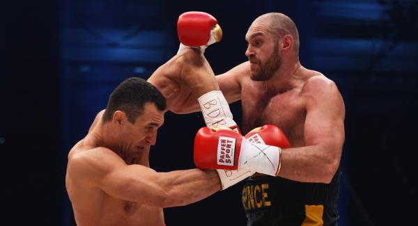 Tyson Fury (r) became the new undisputed heavyweight champion image: irishexaminer.com