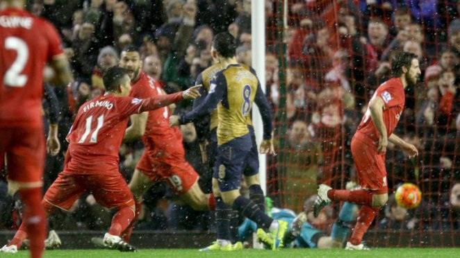 Joe Allen's injury time strike helped Liverpool earn a point against Arsenal image: skysports.com