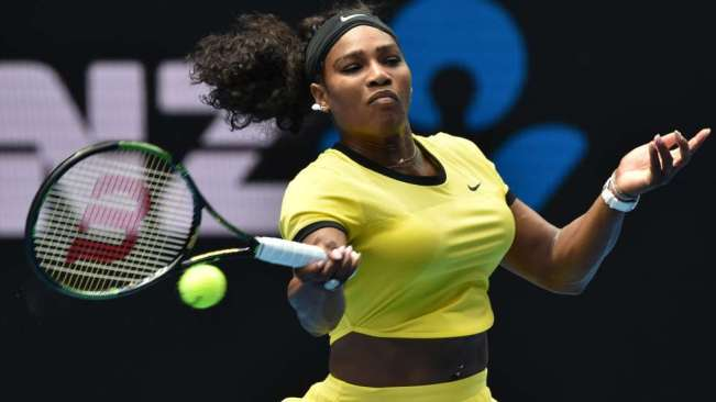 Serena Williams continued her winning streak against Maria Sharapova image: pulse.ng