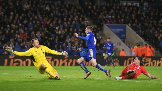 Jamie Vardy took his tally to 18 in Leicester's 2-0 win over Liverpool image: ballball.com