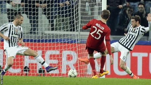 Bayern Munich take two away goals with them into the second leg image: bbc.co.uk