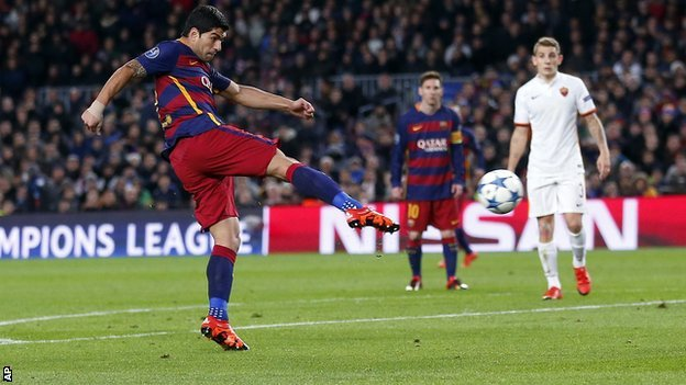 Luis Suarez nearly forgot his passport for the trip to Arsenal image: realsport101.com