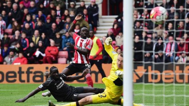 Saido Mane bagged a brace in Southampton's 3-2 comeback against Liverpool image: uk.sports.yahoo.com