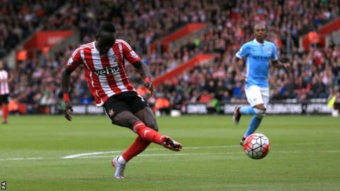 Saido Mane's hat-trick helped Southampton to a 4-2 win over Man City image: bbc.co.uk