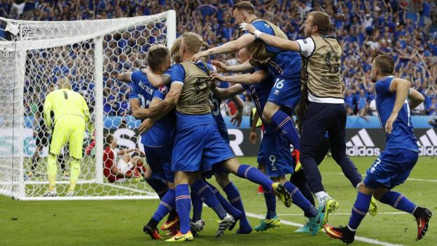 Iceland left it late to seal a 2-1 win over Austria image: bbc.com