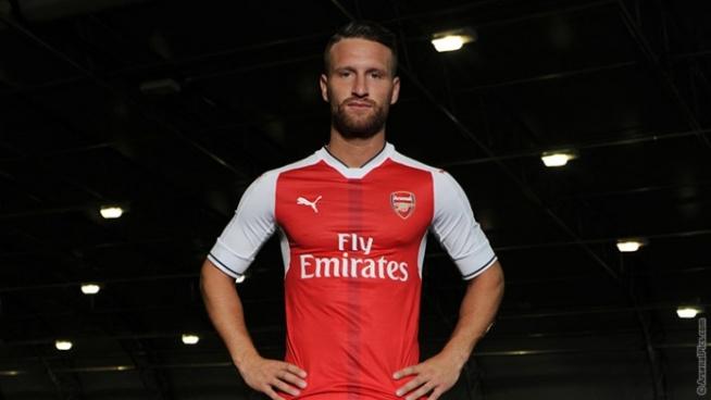 Shkodran Mustafi moves to Arsenal for £35m image: arsenal.com