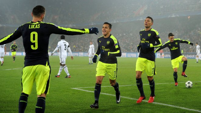 Arsenal beat Basel 4-1 to take top spot in group A image: skysports.com